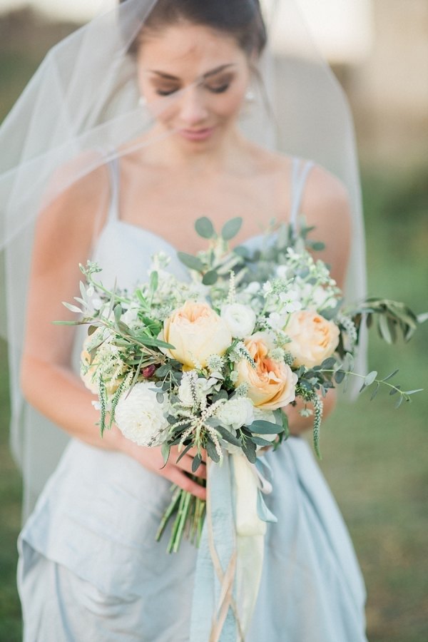 airy romantic bridal bouquet white green and peach