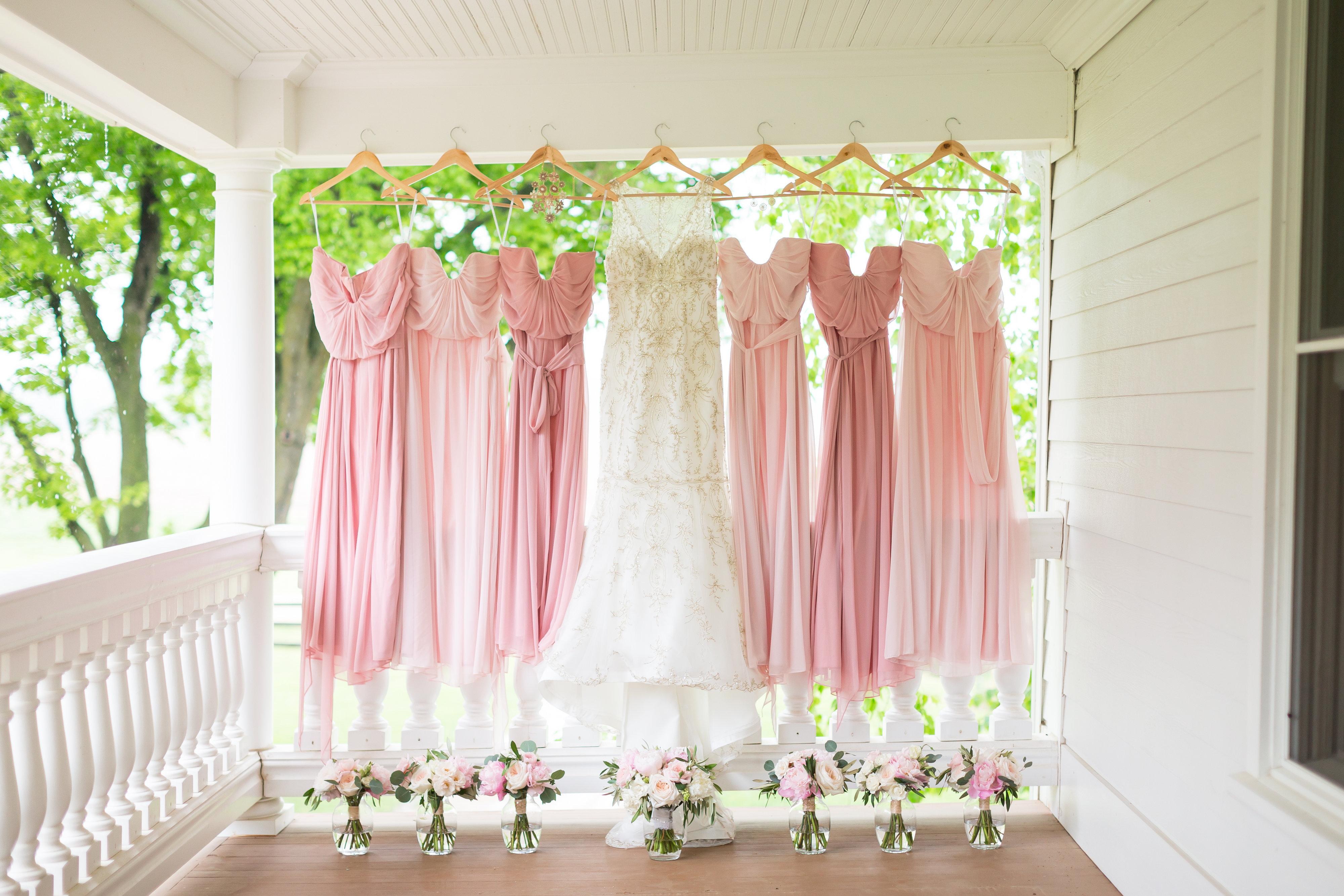 blush pink brides maids dresses with blush pink maids bouquets